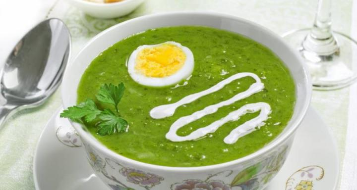 Суп из шпината с яйцом по Дюкану