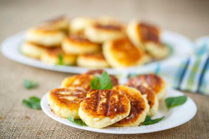 Сырники по Дюкану: 5 самых вкусных рецептов