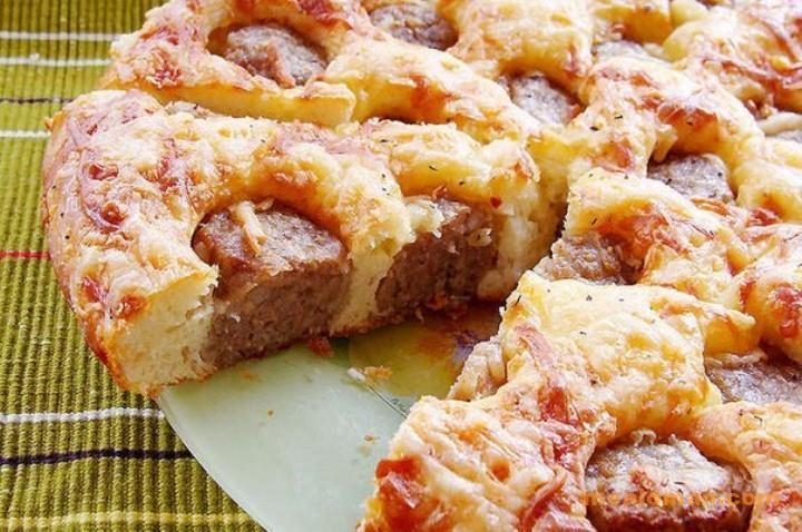 Пирог мясной с фрикадельками
